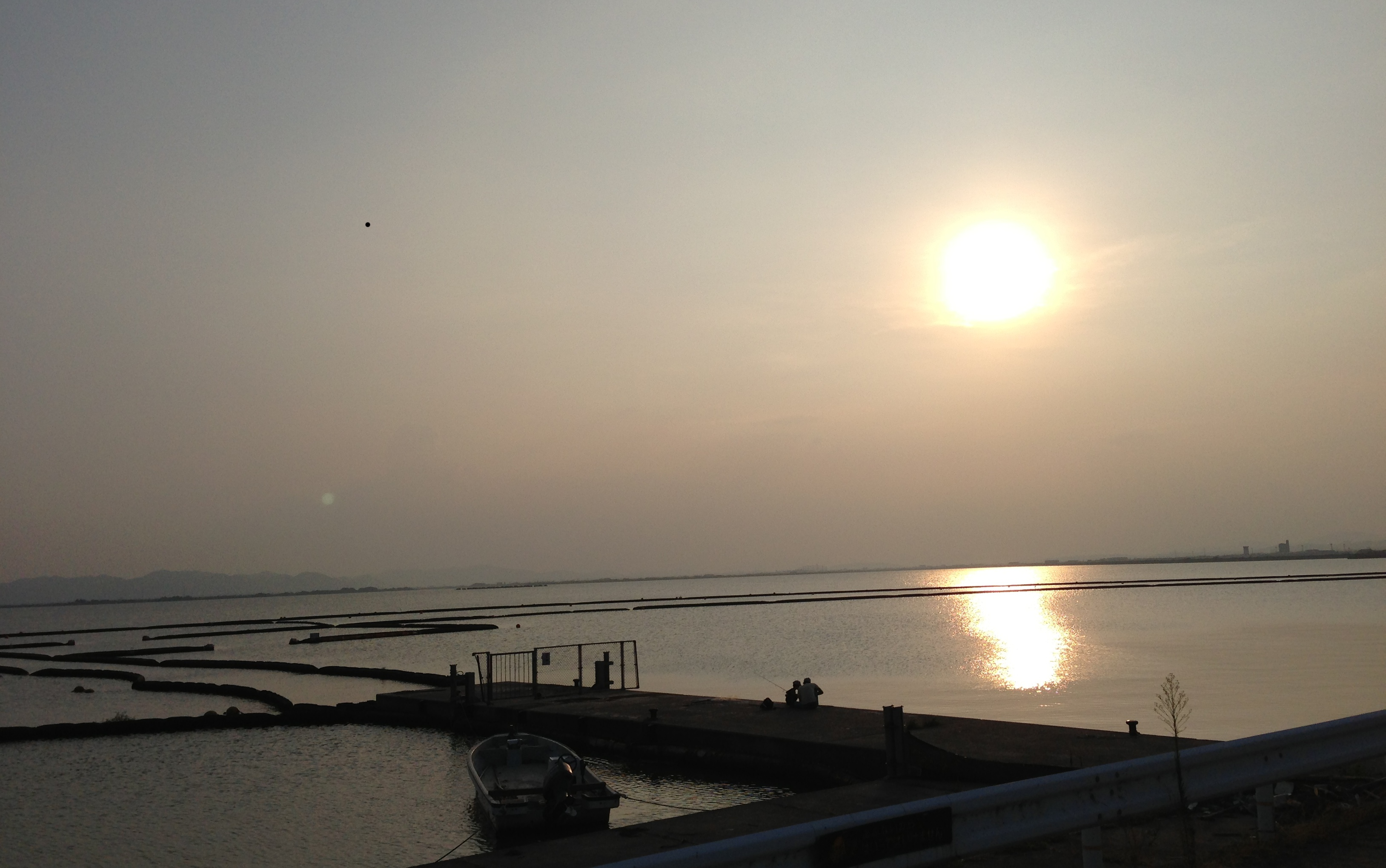 児島湾堤防(岡山市南区)