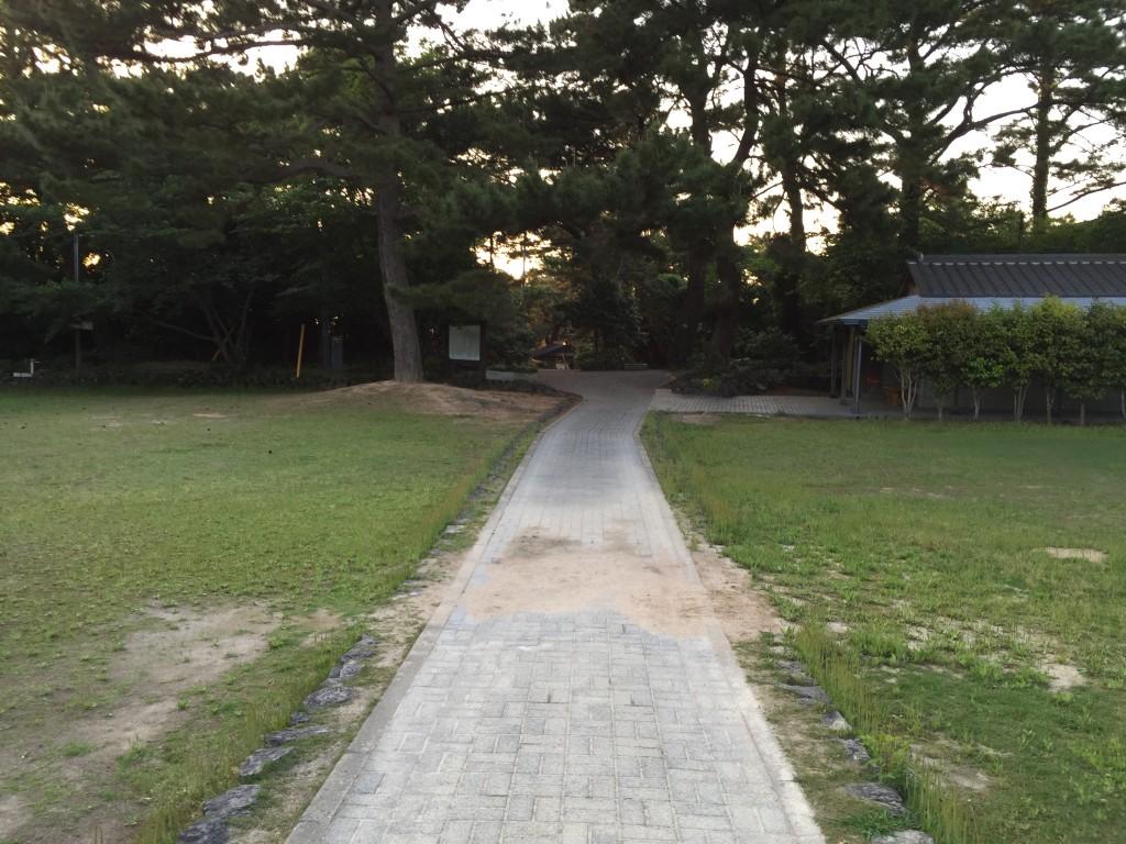遊歩道終わり。