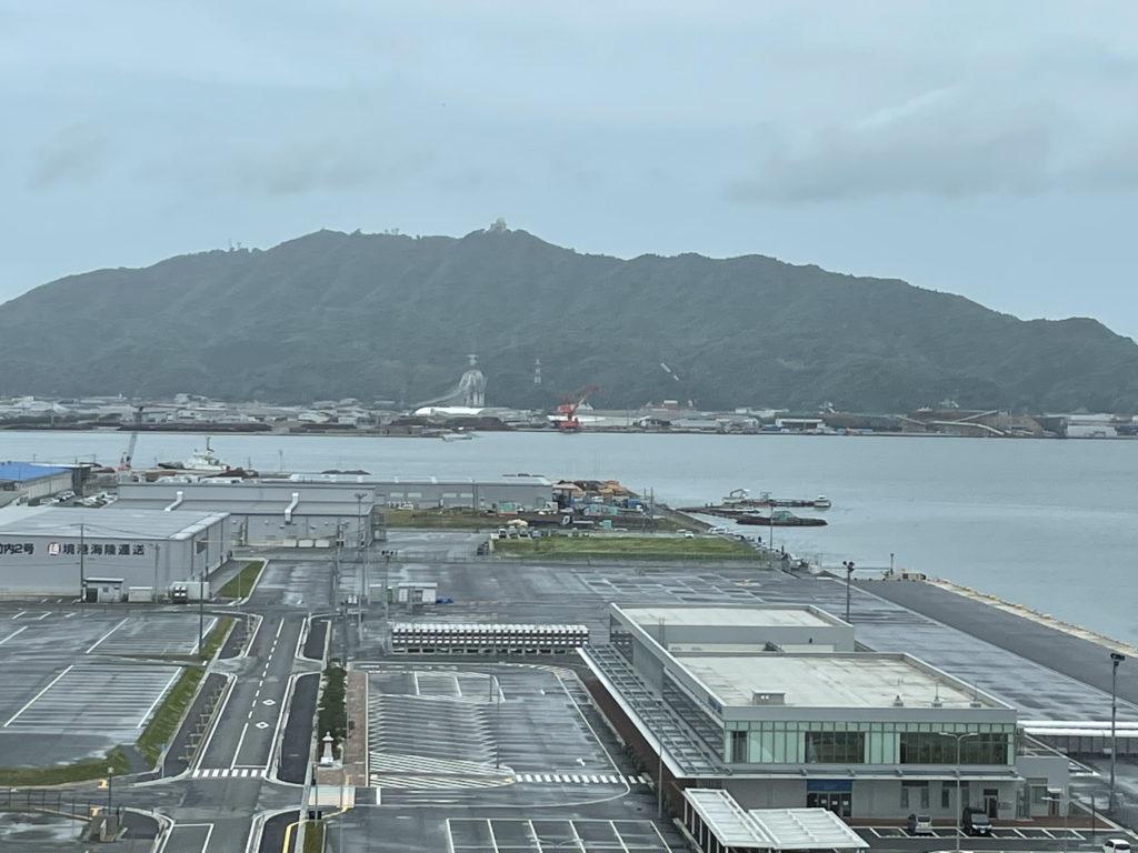 港湾の風景。