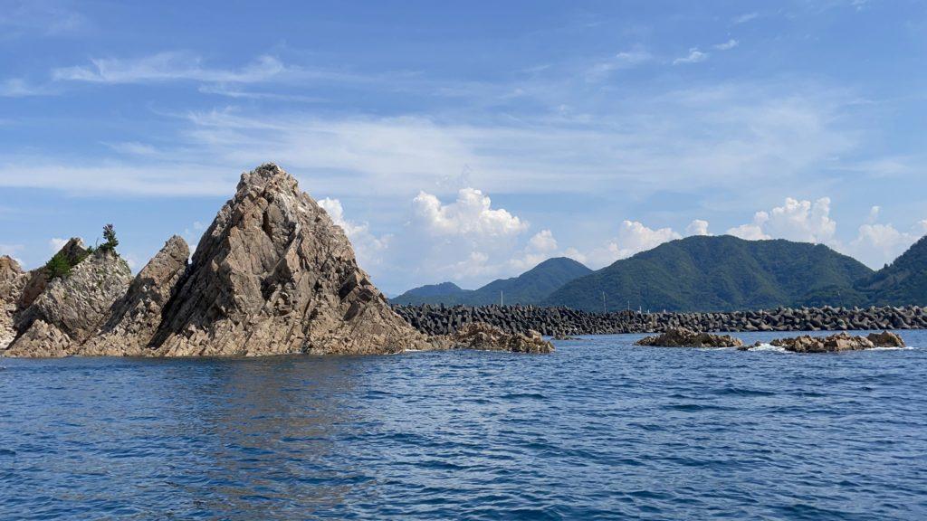 海に浮かぶ白亜の石垣島。